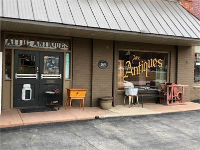 Attic Antique Shop - Galesburg, Illinois