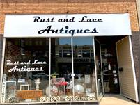 Rust and Lace Antiques - Galesburg, IL